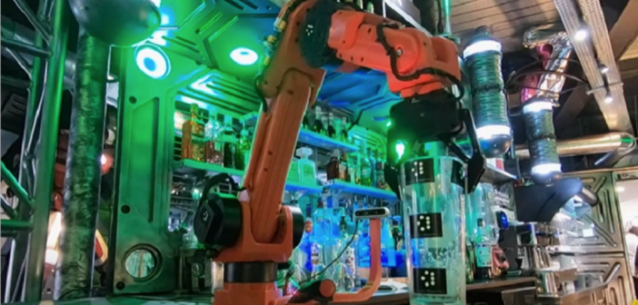 Virtual reality controlled robotic arm pulls pint in Extend Robotics demo